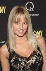 Женевье Мортон, фото 82. Genevieve Morton At Ceremony Screening at Angelika Film Center in NY - 15.03.2012, foto 82
