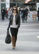 Филиппа Шарлотта 'Пиппа' Мидлтон, фото 82. Philippa Charlotte 'Pippa' Middleton Pippa Walking to Work x25 HQ, foto 82