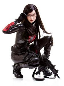 Les plus beaux cosplays Th_323567411_9742baa366822b1eadd37e9fecbb9_122_380lo