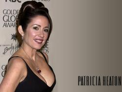 Patricia Heaton Wallpapers Th_83062_tduid1721_Forum.anhmjn.com_20101130090629008_122_476lo