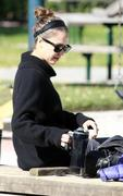 Nov 21, 2010 - Jessica Alba - Out N About - Coldwater Park In Los Angeles Th_58863_tduid1721_Forum.anhmjn.com_20101124073018007_122_490lo